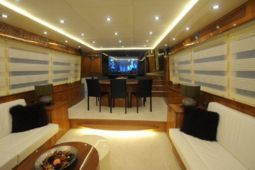 70 Luxury Cruising Trawler