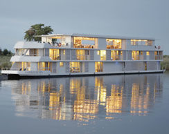 BOATING AT ITS BEST ON BOARD THE STUNNING ZAMBEZI QUEEN IN AFRICA